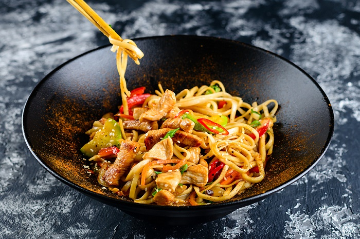 What-is-the-best-material-for-a-wok