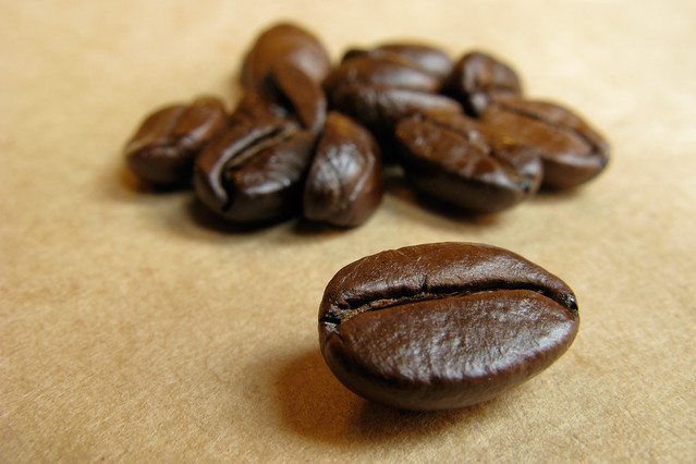 Dark-roast-coffee-beans